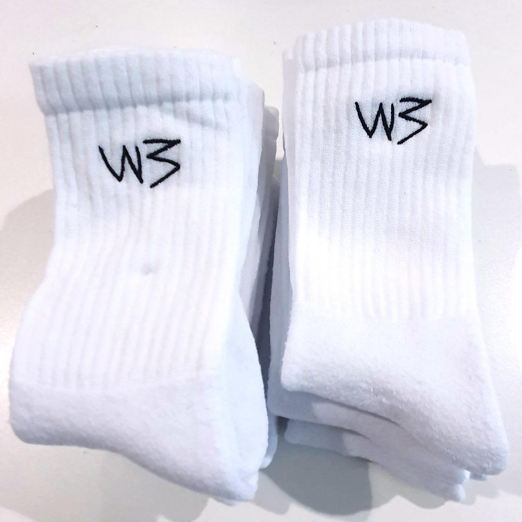 Stickerei auf Socken und Strümpfen